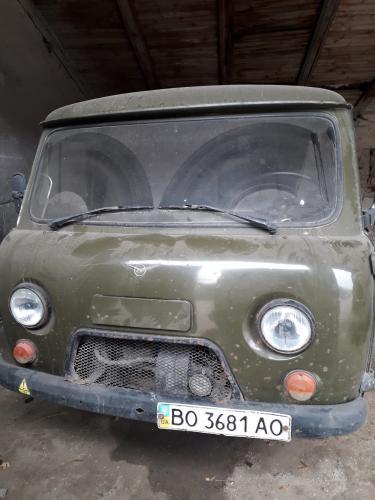 Автомобиль УАЗ 3909